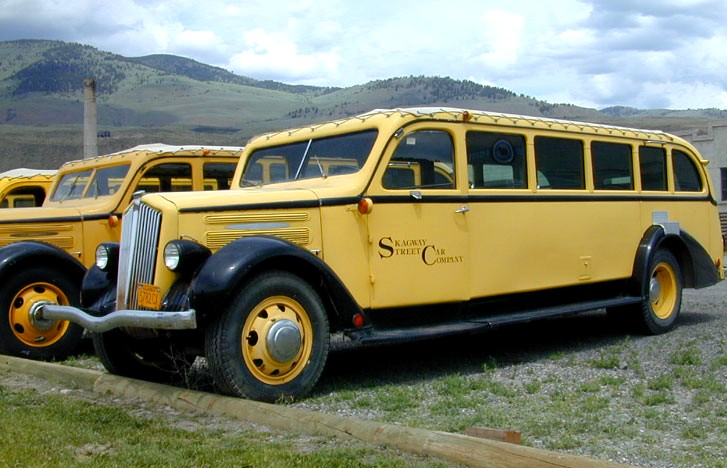 Geyser Bob S Yellowstone Park History Service White Buses In Ynp
